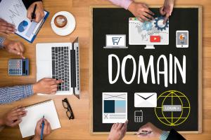 استضافة مواقع الانترنت وحجز النطاقات